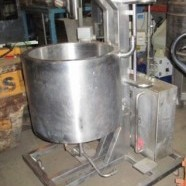 Stainless-Steel-100 Lts-jacketed -vessel-with-heater.