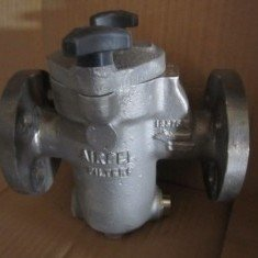 Airpel 1 ins stainless steel inline basket filter.