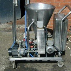 Stainless steel 40 Lts heated cone.